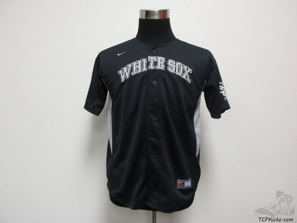 MLB Fan Apparel & Souvenirs Sports Fan Apparel & Souvenirs Chicago White Sox NEW Youth Medium Button Up Jersey by Stitches MLB Baseball