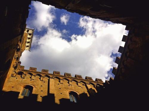 Torre del mangia siena   ✿
