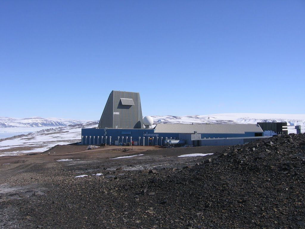 Pave Paws Thule Afb Phased Array Warning System Greenland