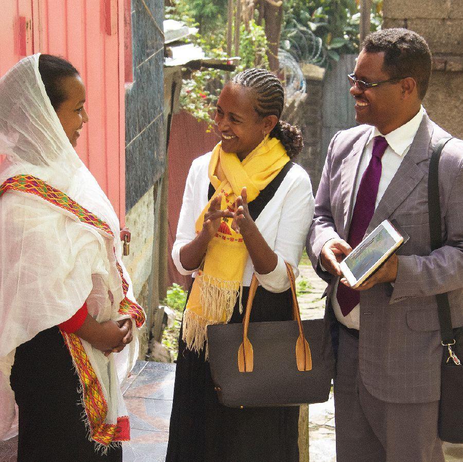 Matrimonio Biblia Jw : Un matrimonio predicando juntos recetas jeová bíblia