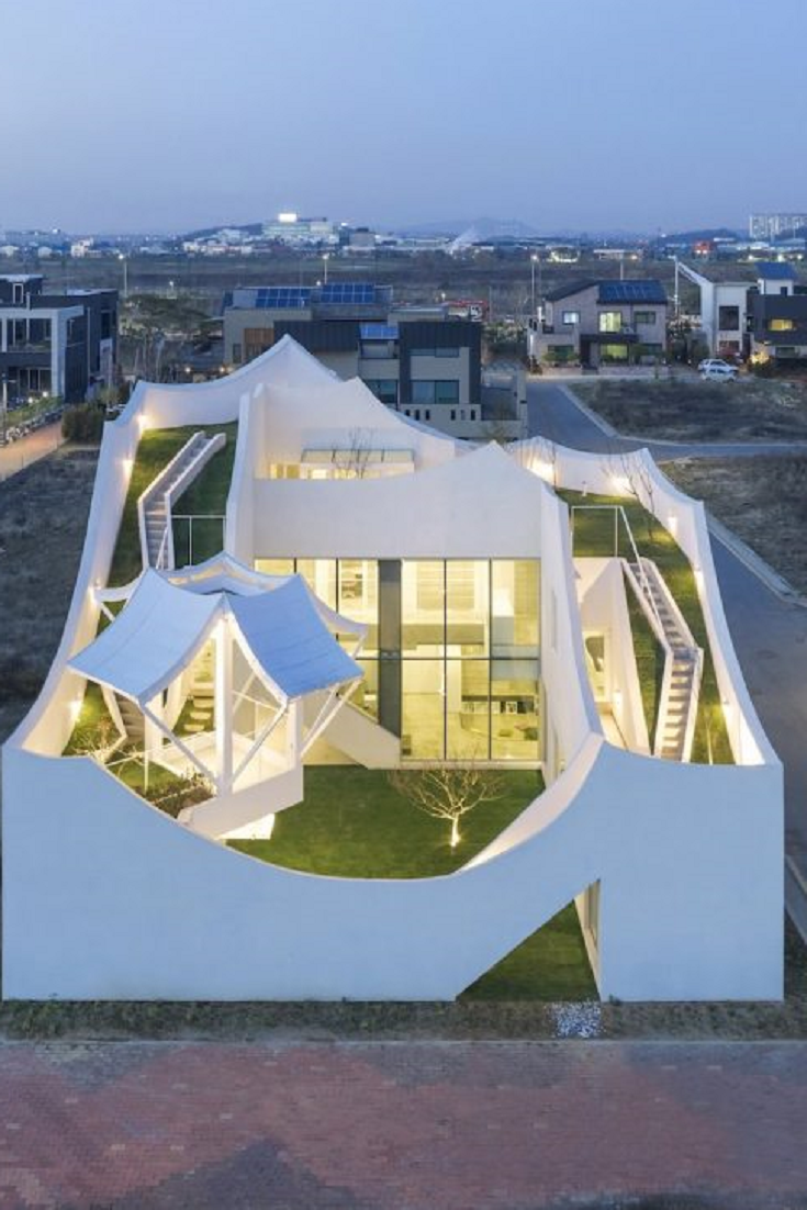 Iroje KHM Designs A Unique Pilot\'s House | Green Energy Utility ...