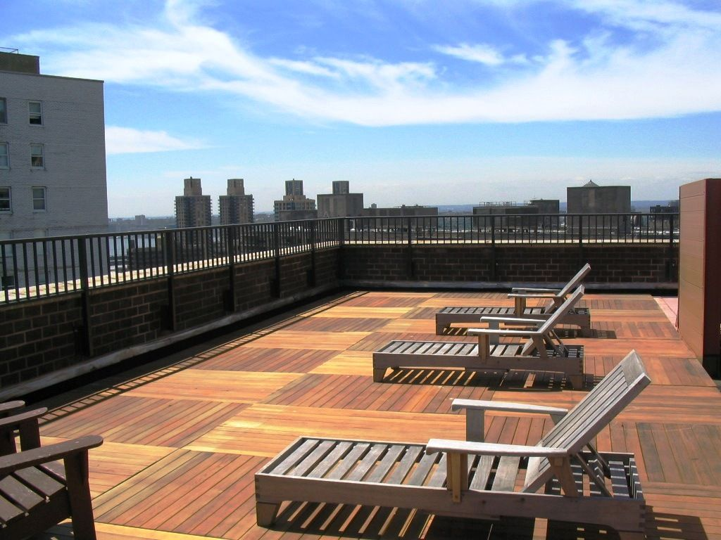 Manhattan roof deck terrace from plastic lumber outdoor for Roof deck design