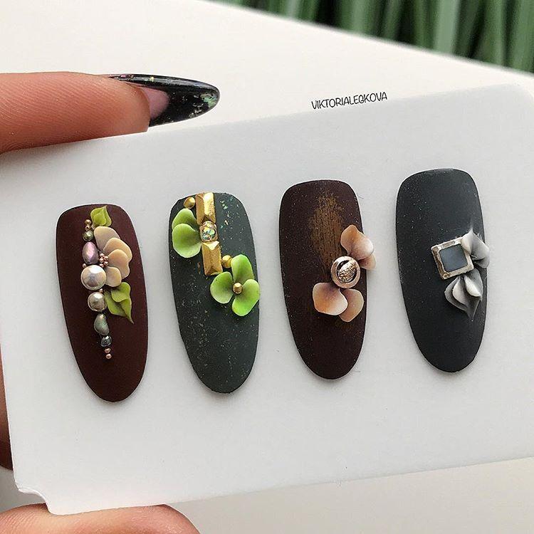 Plastiline 4d | Gucci mules, Nail art, Nails