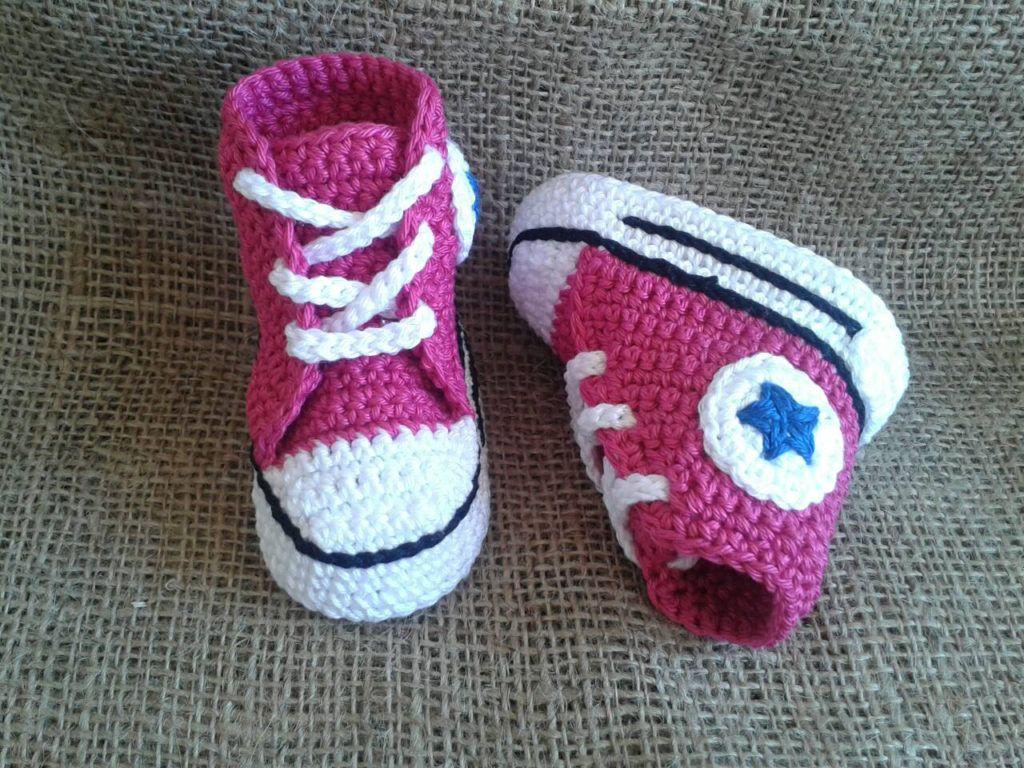 Como hacer Botines Converse de Bebé a Crochet | Bebe | Pinterest ...