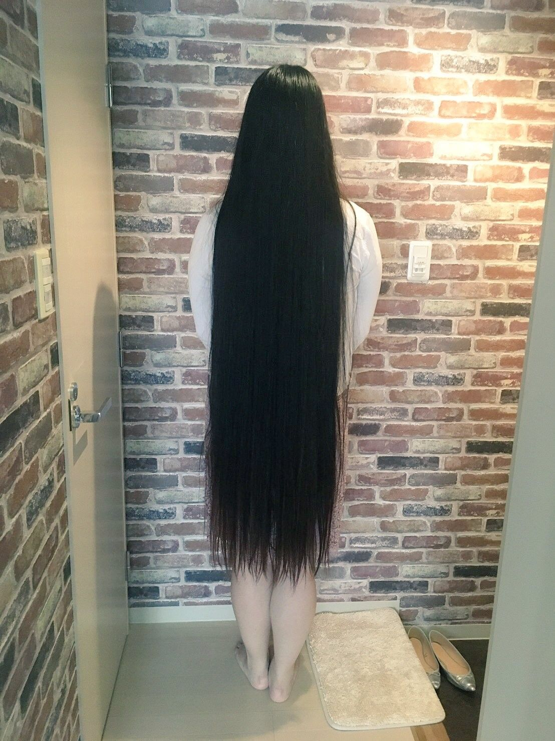 Pin oleh Terry Nugent di Asian women Rambut panjang