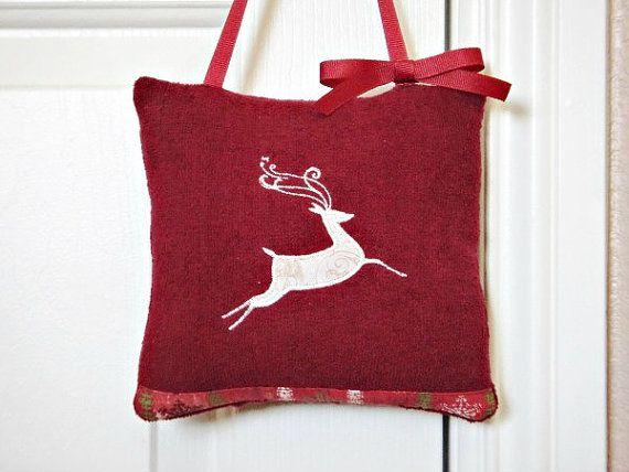 Reindeer Door Hanger Maroon Green Beige by PookieandJack on Etsy, $10.00