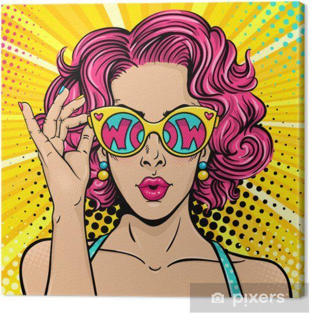 Photo of Wow Pop Art Gesicht. Sexy überraschte Frau mit rosa lockigem Haar und offenem ….
