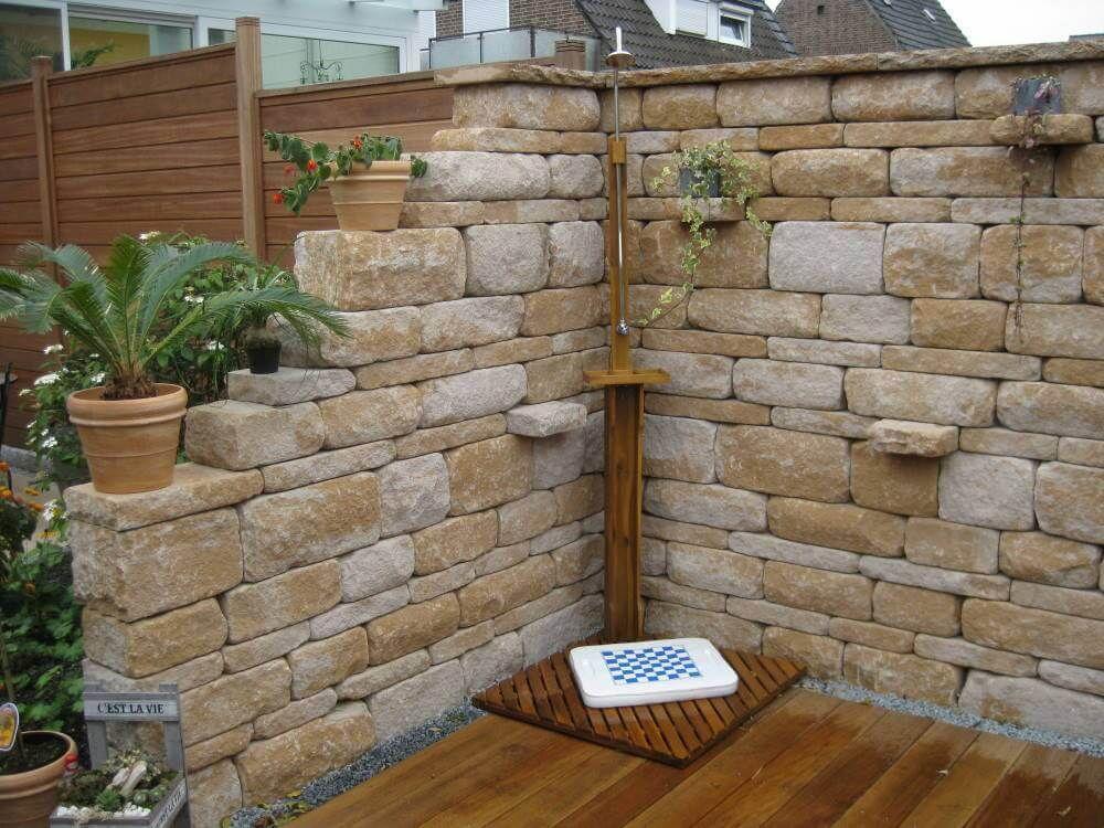 Mauer mediterran  Garten  Garten Sichtschutz garten und Steinmauer garten
