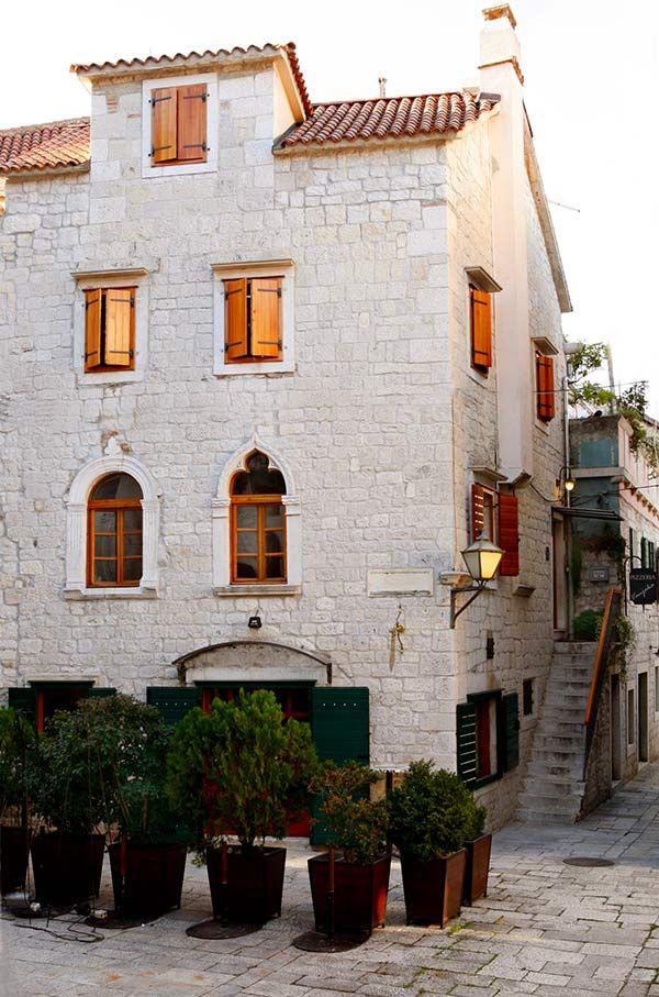 Zasto Svi Pricaju O Trogiru Croatia House Styles Trip Advisor