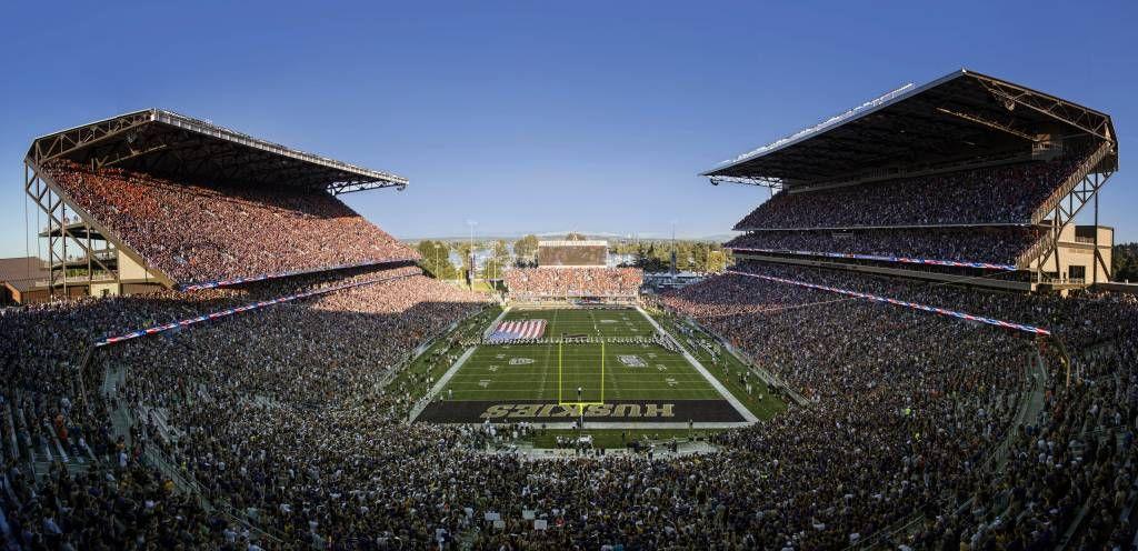 Husky stadium the greatest setting in college football