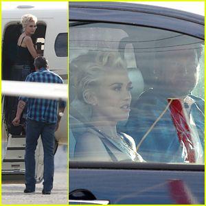 Gwen Stefani & Blake Shelton Jet Away on Private Flight