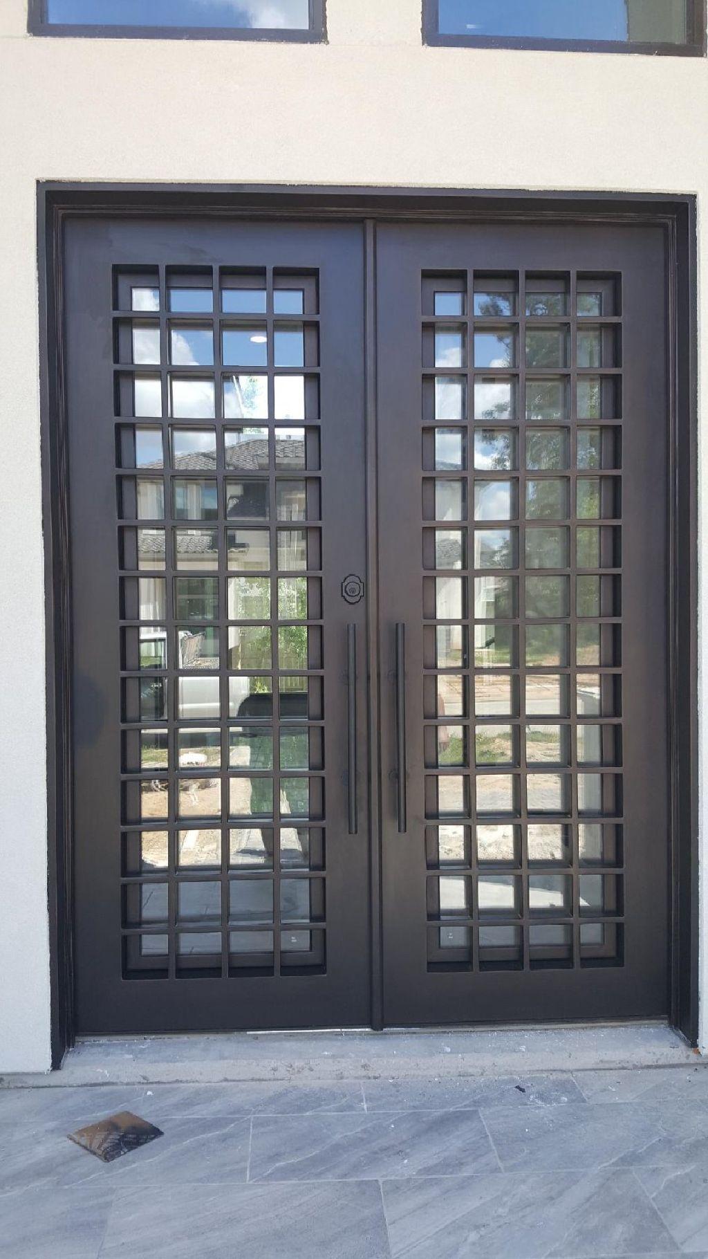 Doble Puerta De Hierro In 2020 Iron Doors Door Gate Design