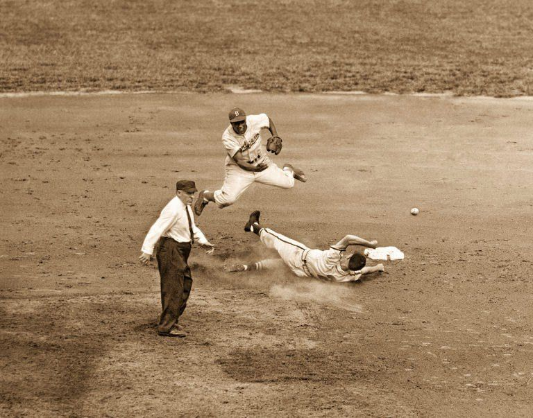 Sportsman Park in 1948 Jackie Robinson turning the double