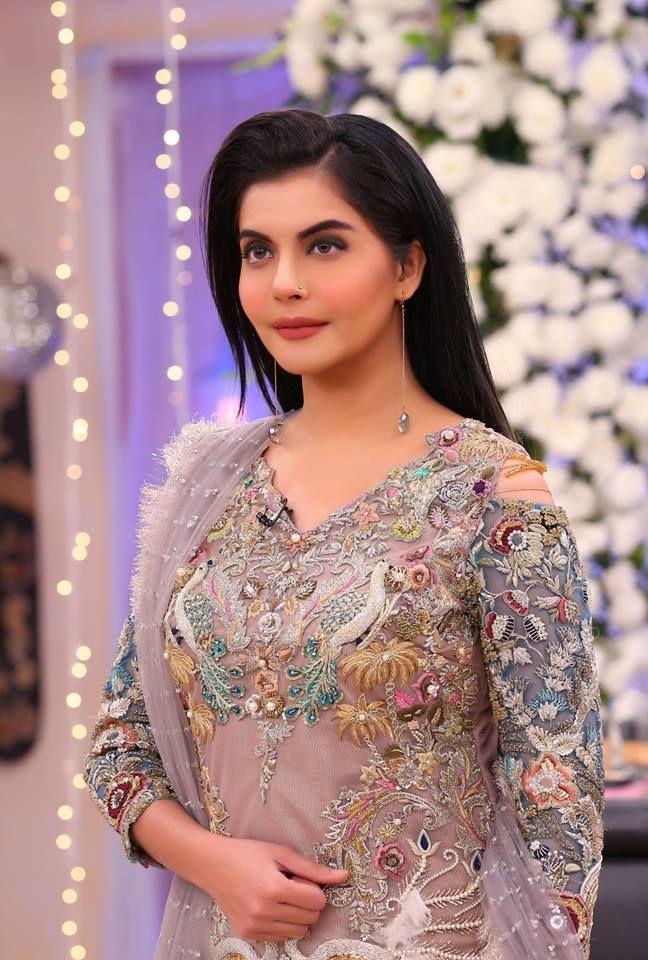 Nadia Yasir In Kashee's Stunning Bridal Dresses | Bridal dresses ...