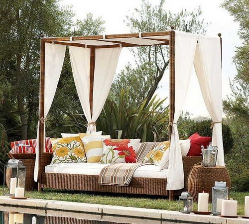 Romantic Outdoor Canopy Beds 15 Outdoor Canopy Bed Outdoor Daybed Beautiful Outdoor Spaces