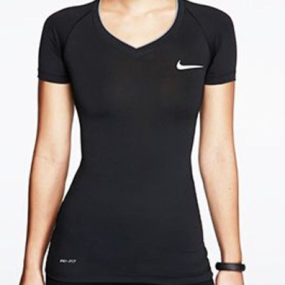 93887691 NIKE PRO DRI FIT COMPRESSION SHIRT Black, compression NWOT! Perfect  Condition. Size small women Nike Tops