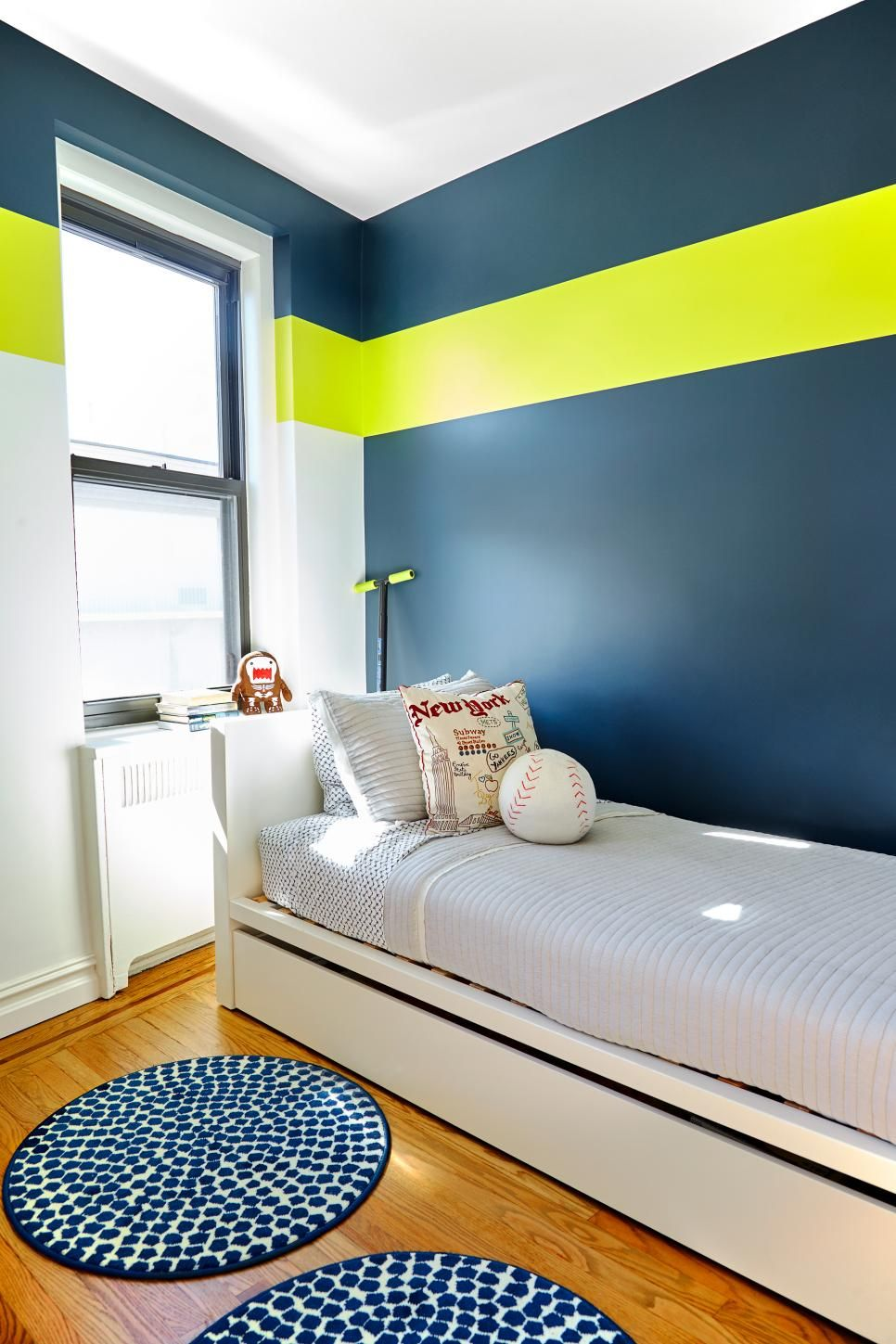 Modern Manhattan Home Features Fun Unexpected Colors And Patterns