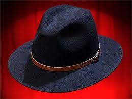 Resultado de imagem para arte de chapeus