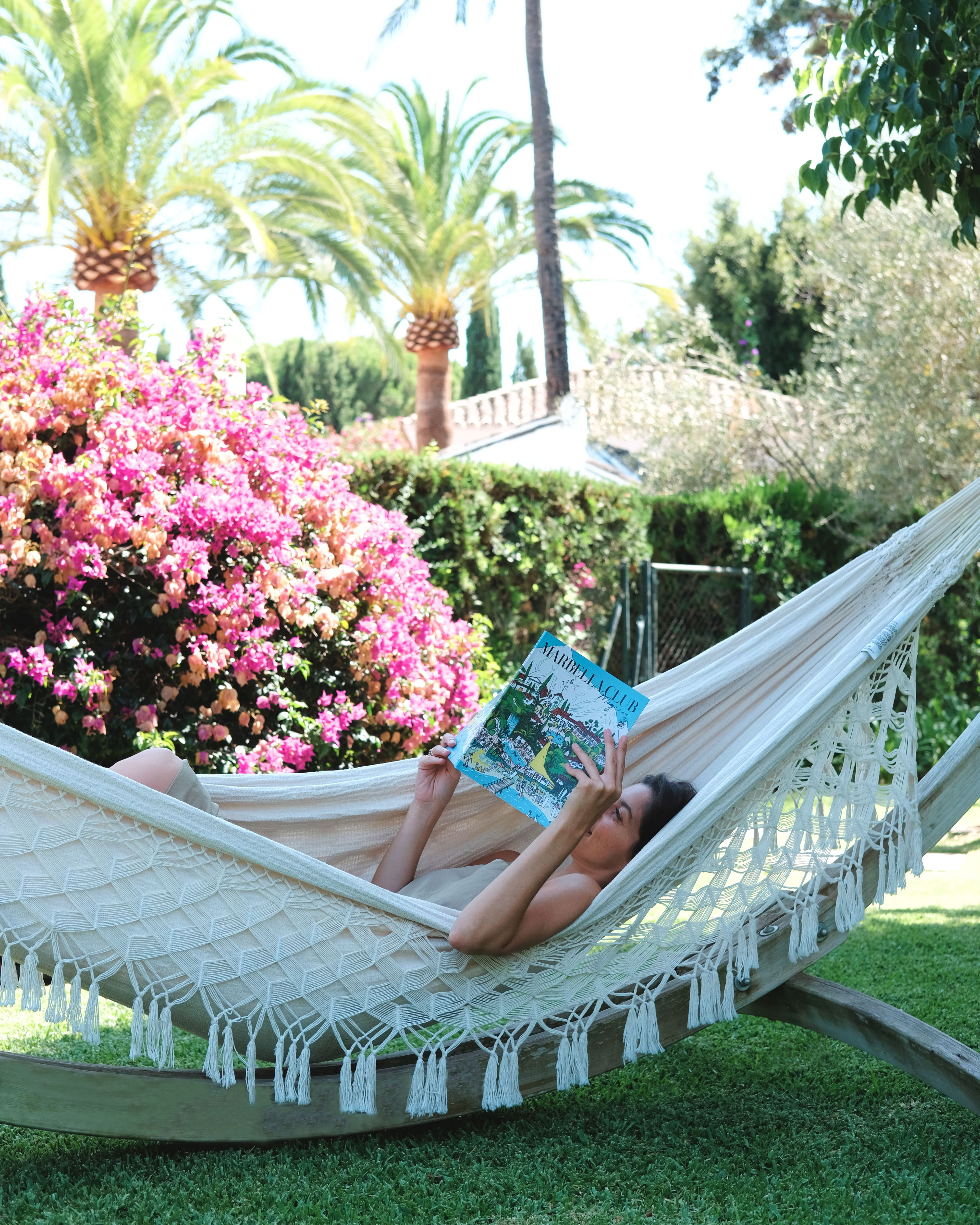 Lazy Days Make For Cover To Cover Reading Of Our Mchmagazine Southern Cottage Marbella Club Beach Resorts