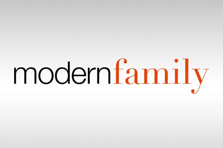 How To Stream Modern Family Online Modern Family Family Logo Modern