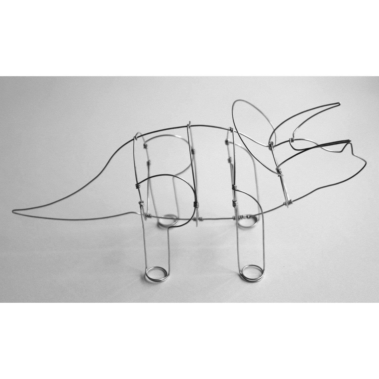 Triceratops (Wire Sculpture) | Metal projects, Stainless steel wire ...