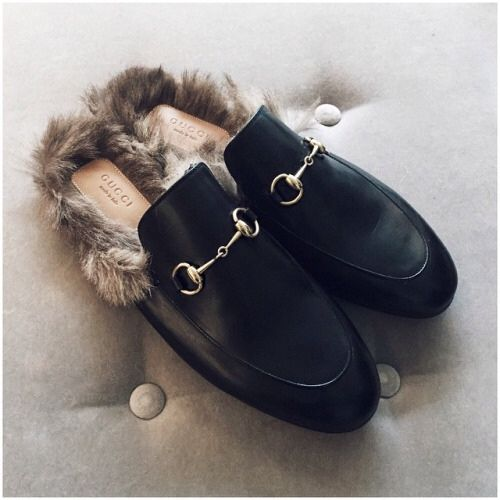 eef5477632743 Pin by Renate Steinmann on Love!!! | Shoes, Gucci loafers, Fur loafers