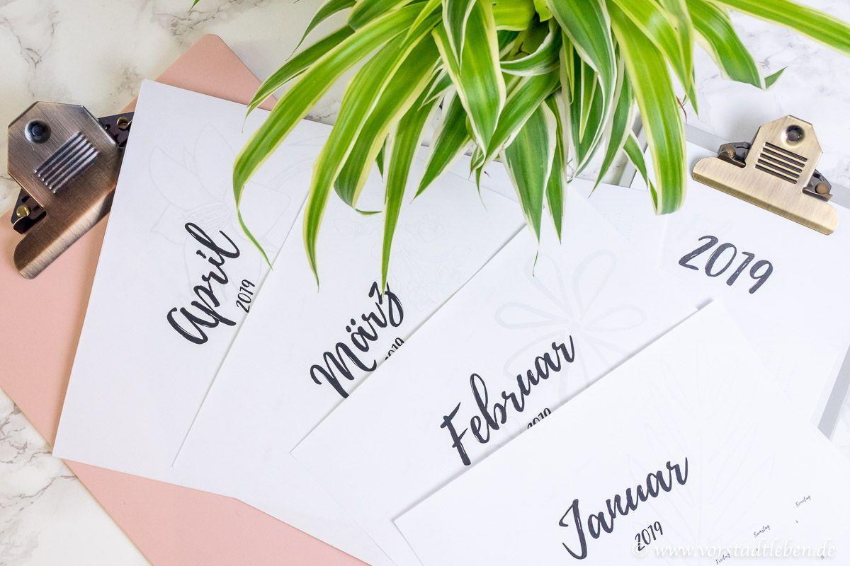 Freebie kostenloser Kalender 2019 zum Ausdrucken | Kostenlose kalender, Kalender und Ausdrucken