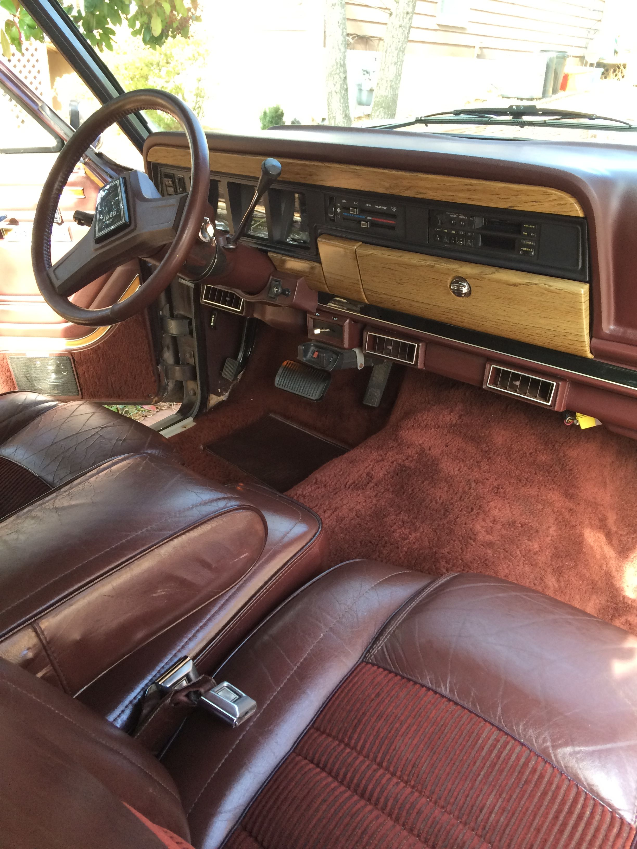 1989 Jeep Grand Wagoneer Interior Jeep Suv Jeep Wagoneer Old Jeep