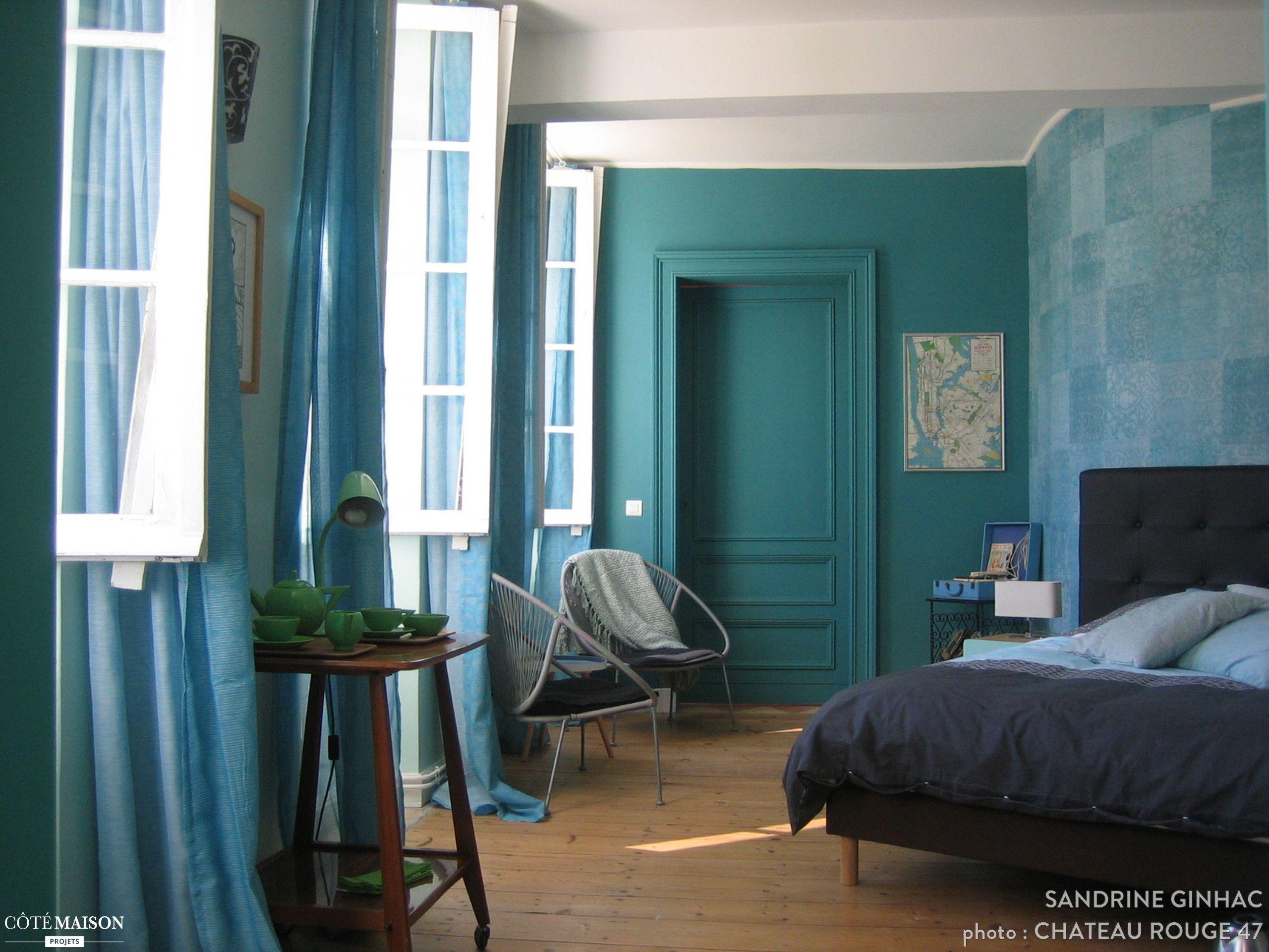 une chambre bleut e et spacieuse g tes et maisons d 39 h tes pinterest garonne le chateau et. Black Bedroom Furniture Sets. Home Design Ideas