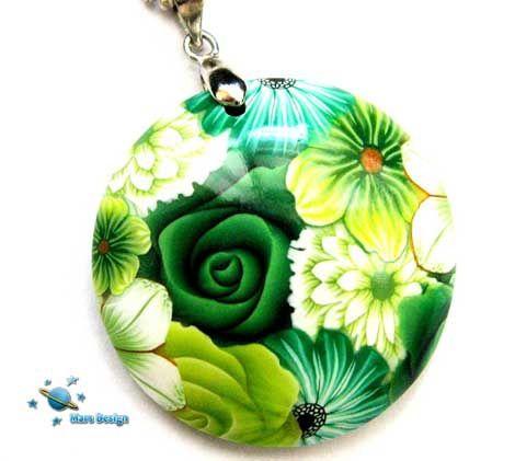 Green flowers - pendant | par Marcia - Mars design