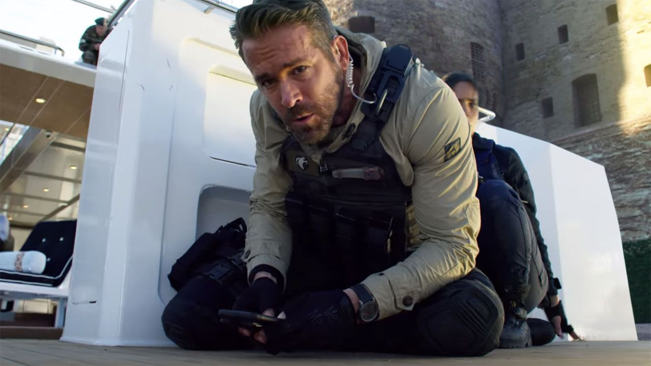 Ryan Reynolds Michael Bay Team Up For Explosive 6 Underground Movie Ryan Reynolds Michael Bay Netflix Canada