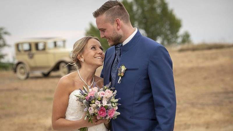Hochzeit Auf Den Ersten Blick Ehe Krise Bei Christina Und Marcel Wedding Dresses Dresses Wedding