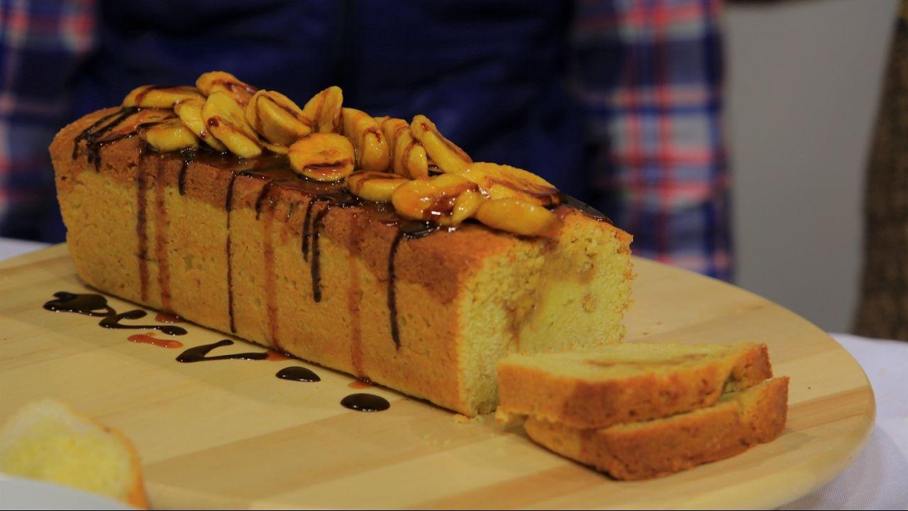 كيكة الموز بالتوفي سالي فؤاد Youtube Golden Syrup Pudding Desserts Food
