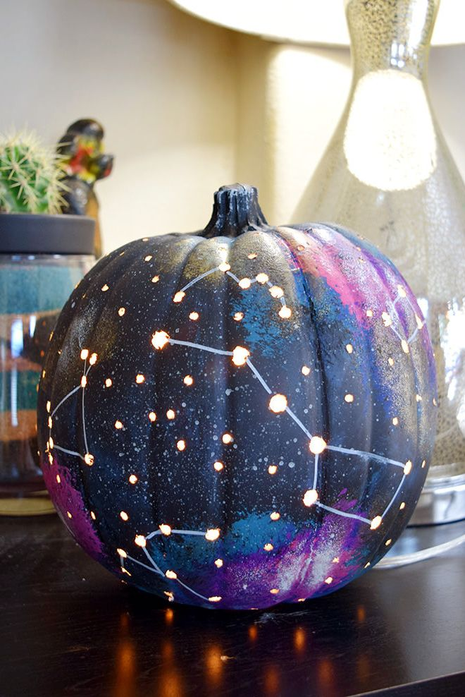 Photo of You Can Make These Halloween Decorations With Items You Already Have