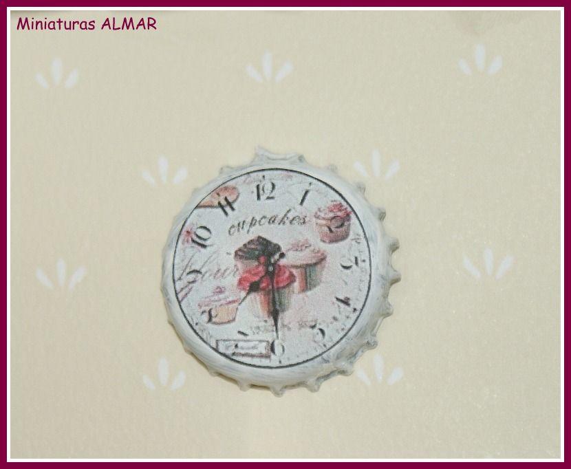 DIY shabby chic miniature dollhouse wall clock from bottle cap