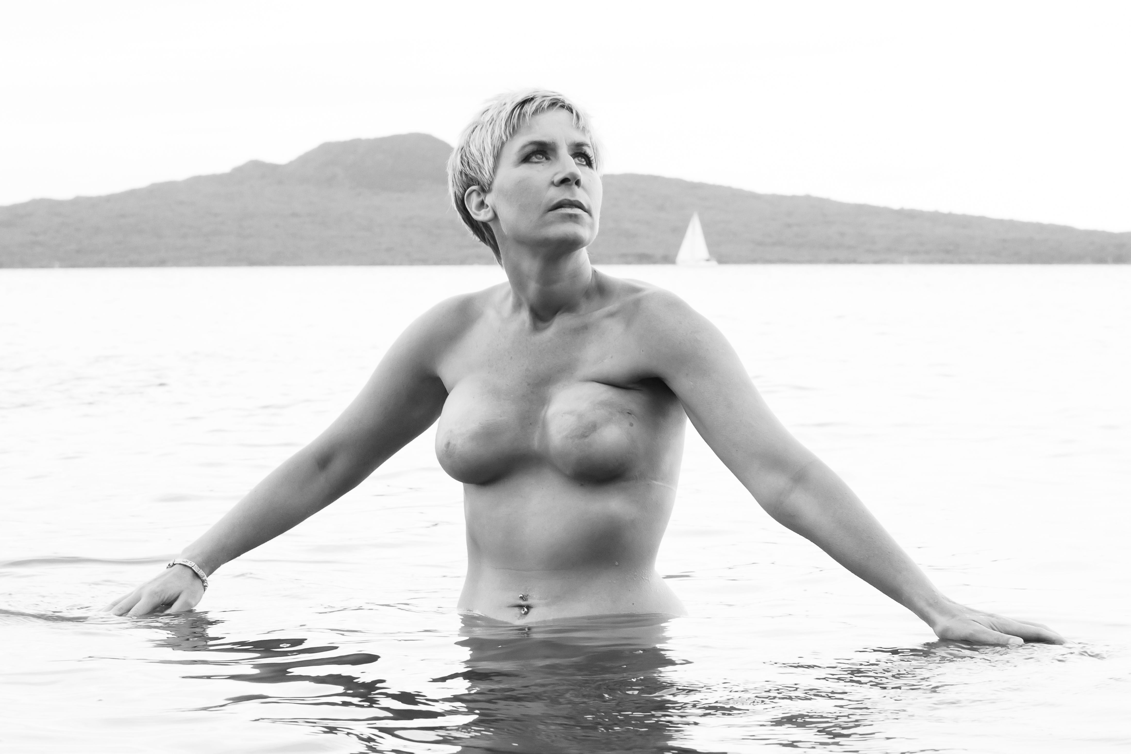 Breast Cancer Survivor Who Had Double Mastectomy Like Angelina Jolie -2726