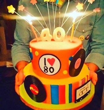 G teau ann es 80 80 39 s anniversaire party pinterest ann e 80 annee et g teau - Gateau annee 80 ...