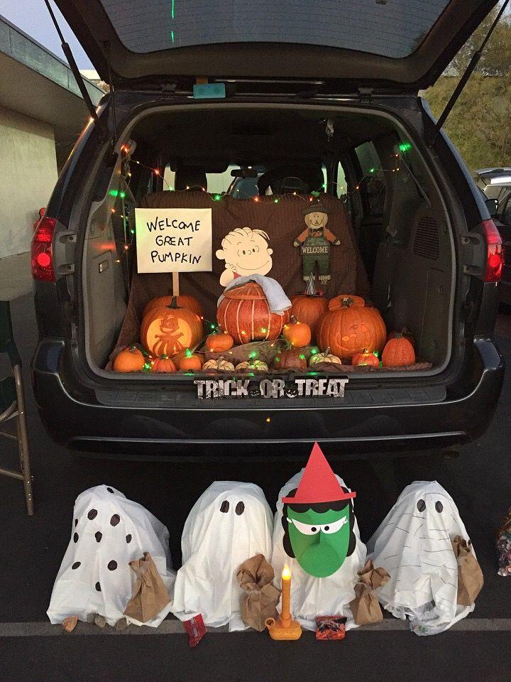 Charlie Brown, Peanuts, Snoopy, Great Pumpkin Trunk or Treat. Halloween. #trunkortreatideasforcarsforchurch