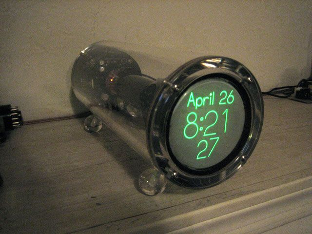 Cathode Corner Scope Clock is am amazing clock built using CRT - ideen f amp uuml r badezimmergestaltung