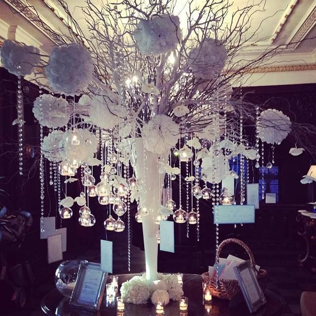 Sophisticated Black White Wedding Reception Ideas Modwedding 7