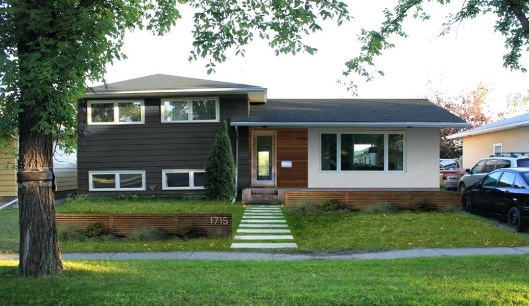 New Adding A Front Porch To A Split Level Home Split Level Remodel Exterior Exterior House Remodel Home Exterior Makeover