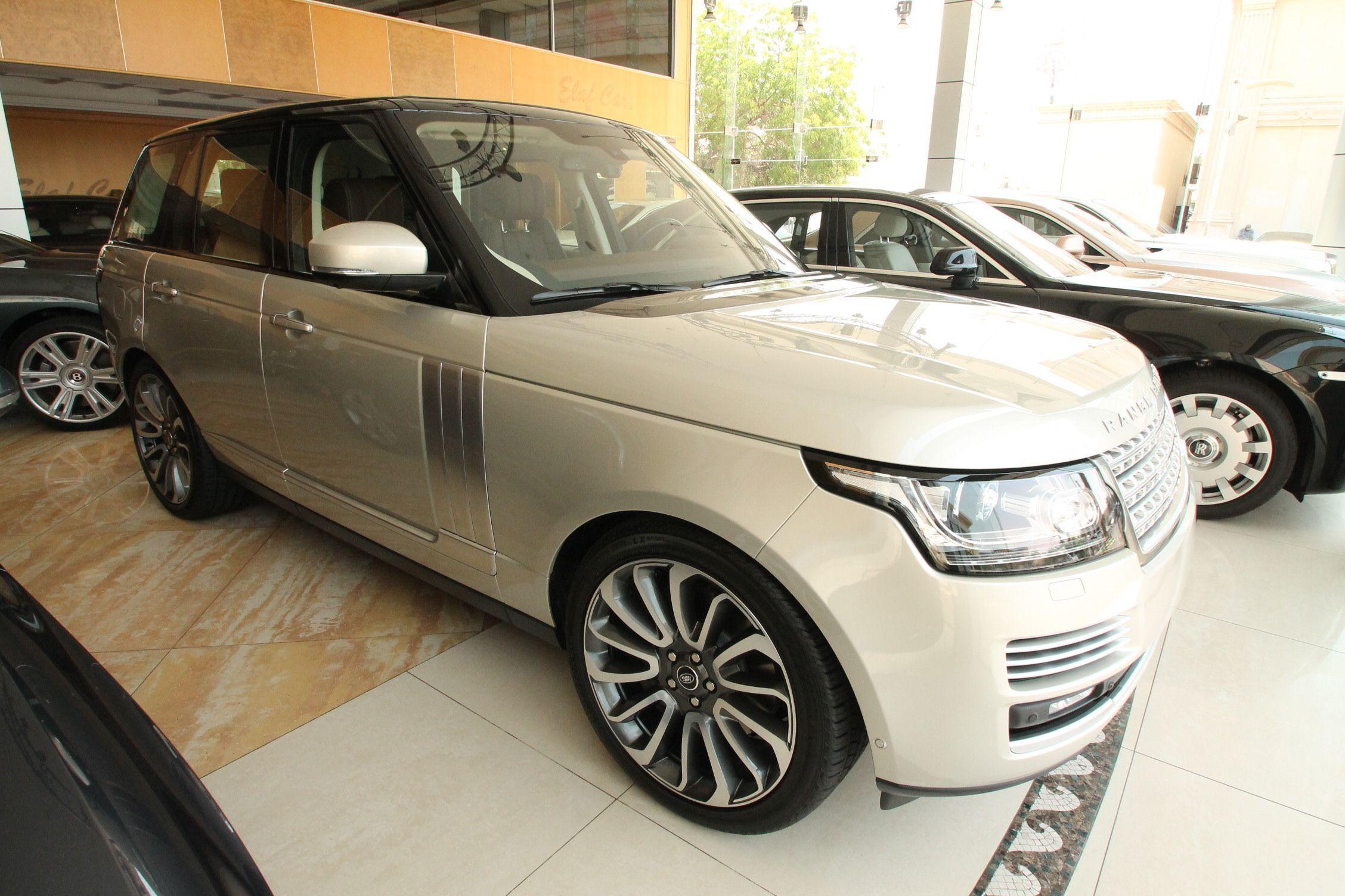 Land Rover Range Rover For Sale In Jeddah
