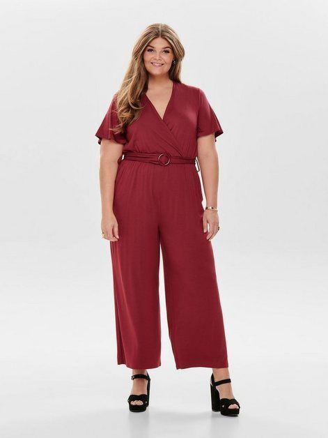 Curvy Cropped Jumpsuit - #Cropped #Curvy #Jumpsuit