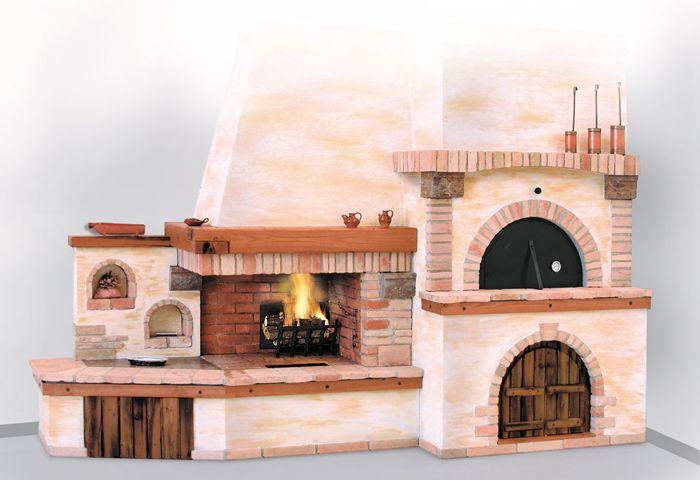 Camino con forno pizza il tutto rivestito con marmo giallo reale ...