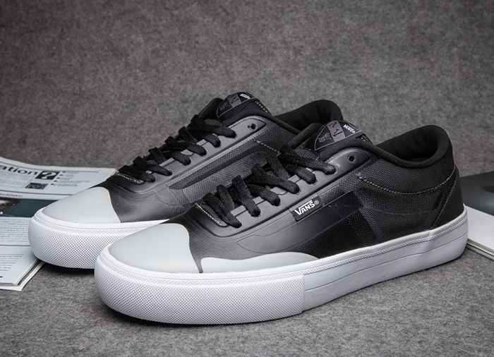 Vans AV Rapidweld Pro Lite Black White Leather Skate Shoes  Vans Old Skool  Black a3314dc0a0