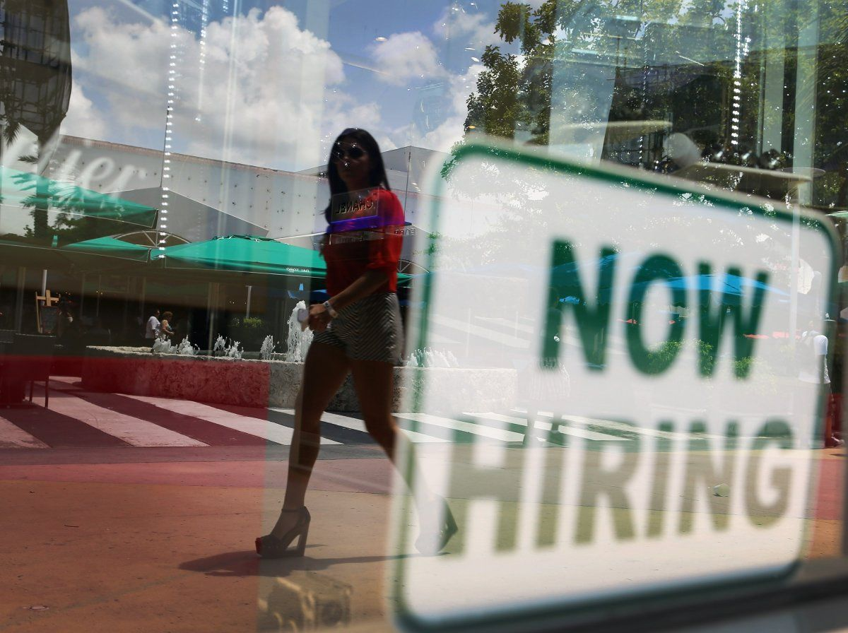 Company looking to hire 350 people in oklahoma city job