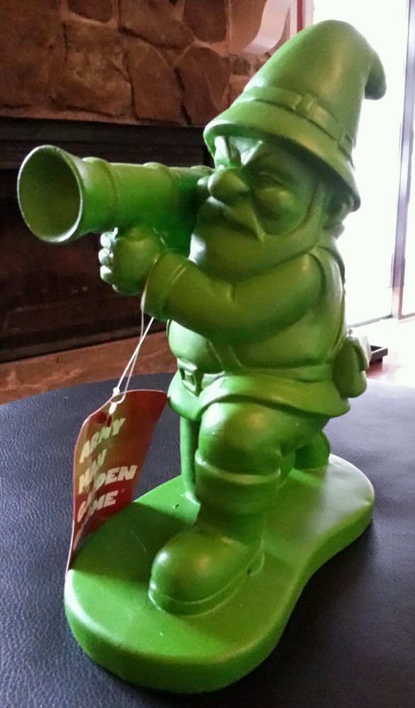 Army man garden gnome 9 resin figure statue bazooka green for Combat gnomes for sale