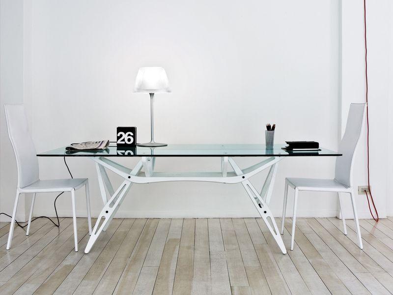 Zanotta Mobili ~ Tavolo in cristallo reale by @zanotta design carlo mollino white