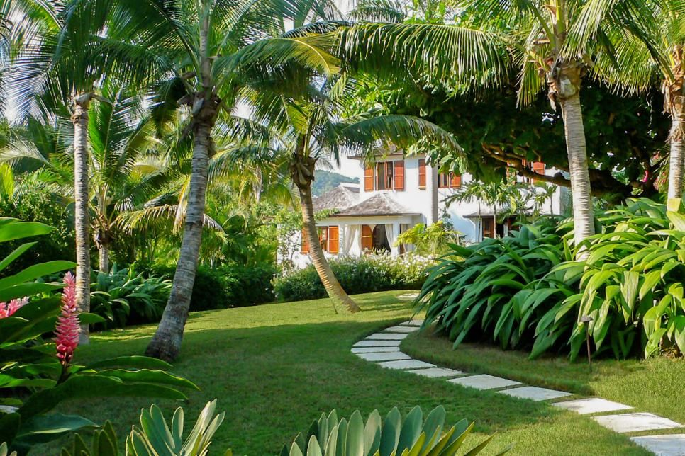Tropical Oasis Surrounds Jamaican Vacation Home 2018