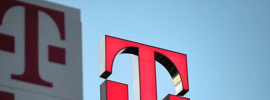 Telekom-Logo in Bonn (Archivbild): Viele Störungsmeldungen aus Berlin, Hamburg, München und Frankfurt